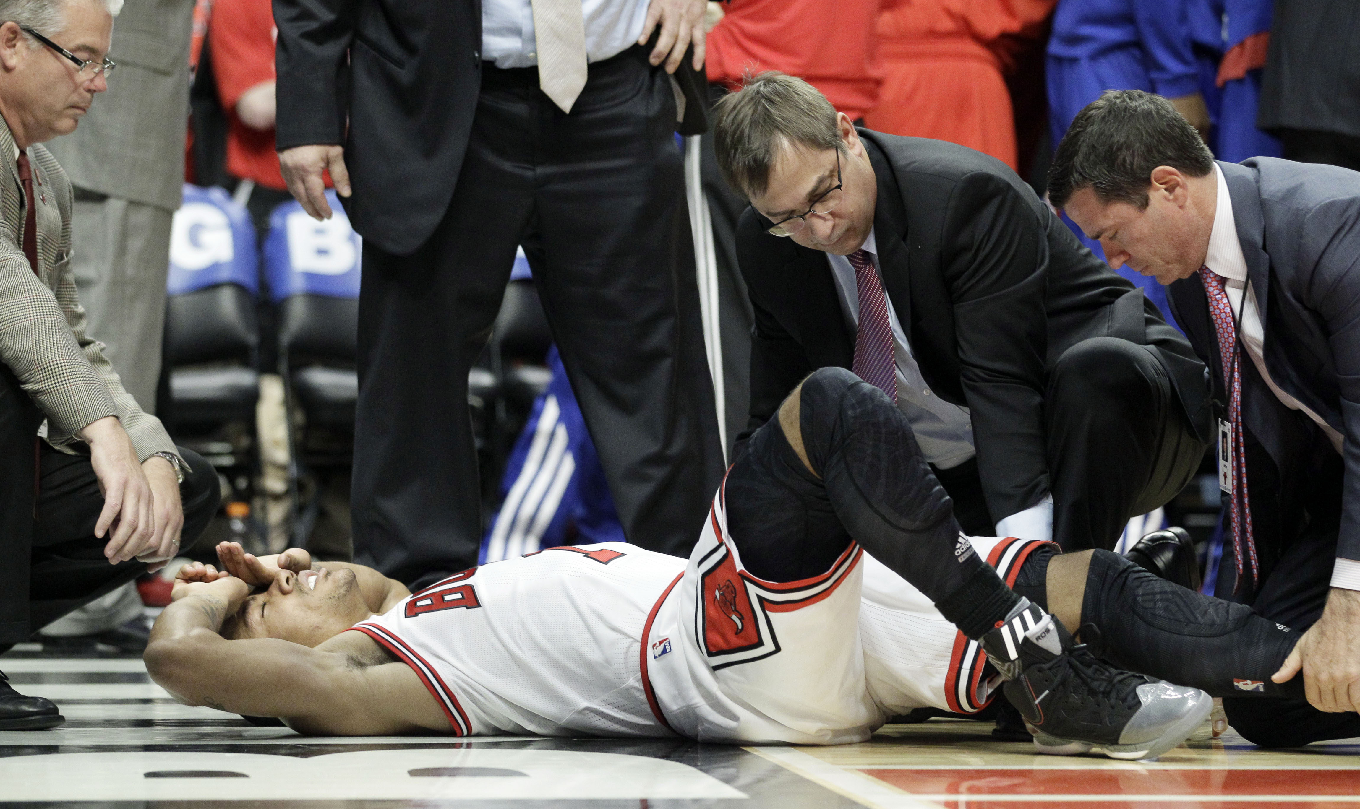 Derrick Rose injury | 2013-14 NBA Regular Season